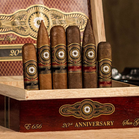 Perdomo 20th Anniversary Maduro Churchill 22x180mm